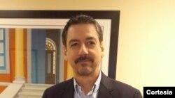 El Lic. Sebastián Arcos Cazabón dialoga sobre el anuncio de EE.UU. sobre Cuba