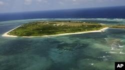 Ảnh chụp từ trên không một phần khu vực đang tranh chấp ở Biển Ðông