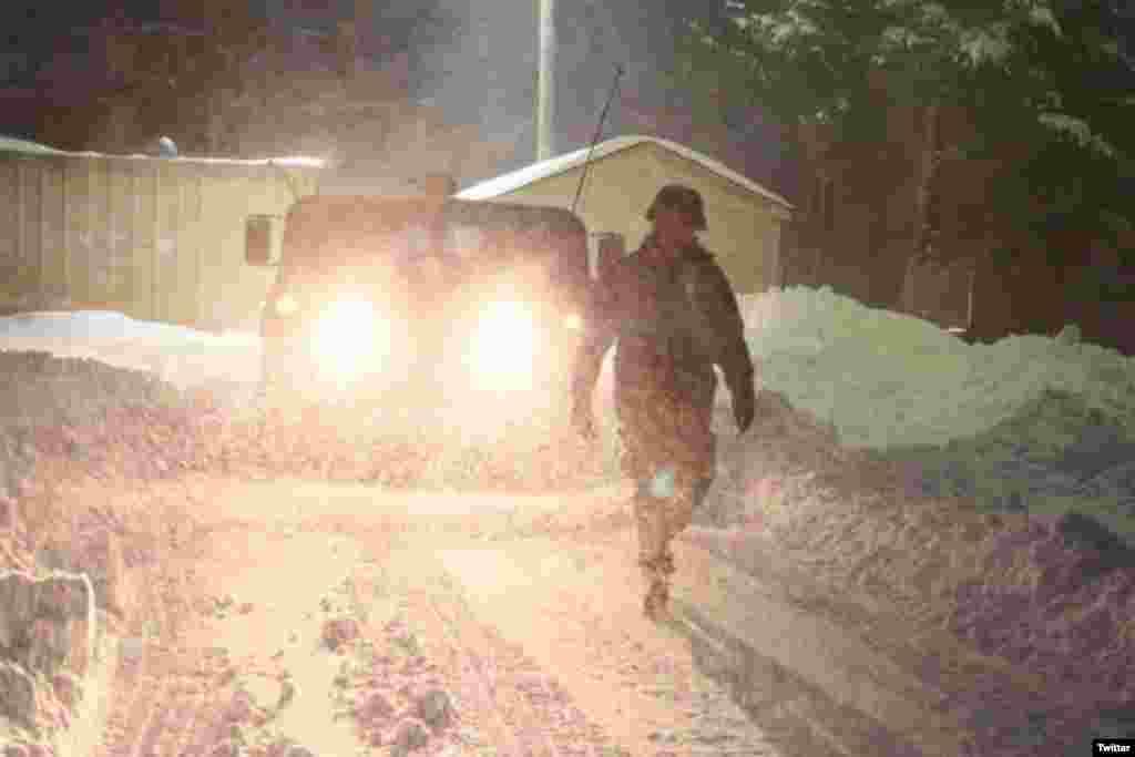 Військові Національної Гвардії задіяні до рятувальних робіт під час снігової бурі на східному узбережжі США