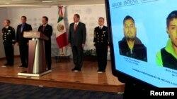 Phát ngôn viên chính phủ Mexico Eduardo Sanchez phát biểu tại một cuộc họp báo tại Bộ Nội vụ ở thành phố Mexico, 8/11/2013