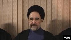 محمد خاتمی ۷۷ ساله، در سالهای ۷۶ تا ۸۴ رئيس جمهوری ایران بود.