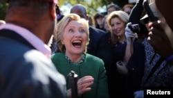 So'rovlarga ko'ra, Shimoliy Karolinada Klinton oldinda, Ogayoda esa Tramp.
