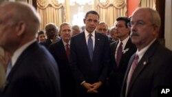 Prezident Barak Obama Kongress a'zolari bilan