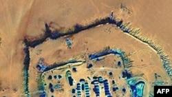 从卫星上拍摄的达尔富尔一个营地的图片