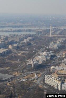 Fotografía aérea de la Alameda Nacional el día de la primera toma de posesión de Barack Obama en enero de 2009.
