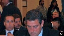 众议员蒂姆.瑞安(资料照片)