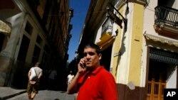 Les Cubains redoutent que l'immigration vers les Etats-Unis ne deviennent plus difficile (AP)