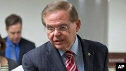 Bob Menéndez dijo que es hora de adoptar sanciones contra los cómplices de la represión en Venezuela.
