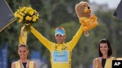 올해 투르 드 프랑스 대회 우승을 차지한 이탈리아의 빈센조 니발리 선수.
