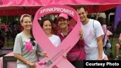 Naturi Isherdianto di sebuah acara peduli kanker payudara di AS (dok: pribadi)