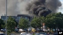 18일 불가리아 부르가스 공항 인근에서 발생한 버스 폭발 사고.