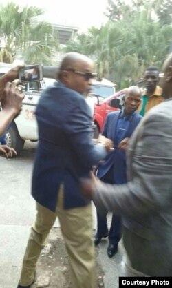 Le chanteur congolais Koffi Olomide interpellé à Kinshasa en RDC