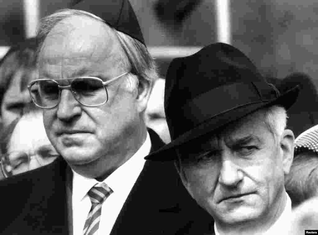 21 апреля 1985, Гельмут Коль с бывшим бургомистром Западного Берлина Рихардом Карл фон Вайцзеккером.