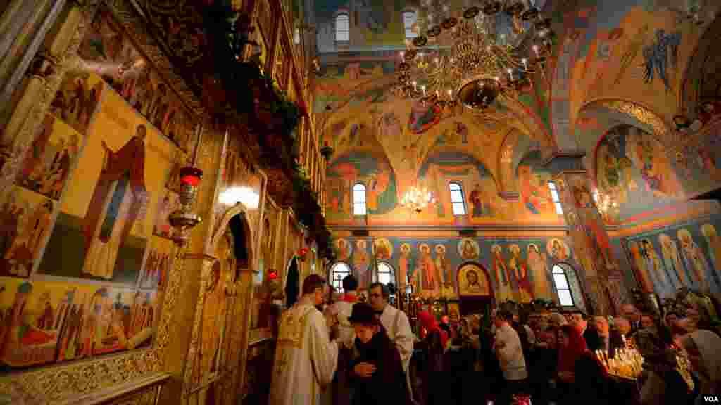 Рождественская литургия в соборе святого Иоанна Предтечи