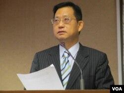台湾执政党国民党立委吴育昇 (美国之音张永泰 拍摄)