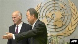 Yorgo Papandreou dün New York'ta BM Genel Sekreteri Ban Ki Moon'la görüştü
