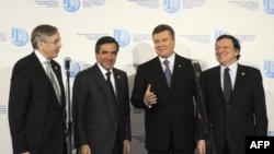 Томас Миров, Франсуа Филлон, Виктор Янукович и Жозе Мануэль Баррозу