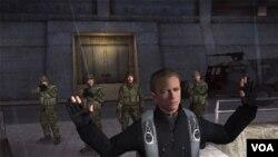 A pesar de que en el juego original el protagonista se pareciera a Pierce Brosnan, en GoldenEye lo reemplaza Daniel Craig.