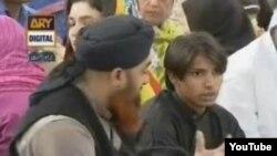 Gambar yang diunduh dari saluran televisi Pakistan, ARY, mengangkat isu terkait agama Hindu dan Islam di Pakistan (Foto: dok). Polisi Pakistan telah mengajukan kasus penistaan agama atas sembilan warga muslim pasca serangan ke sebuah pura Hindu di Karachi.