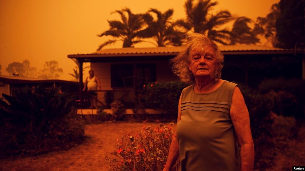 Australi, përshkallohet rreziku i përhapjes së zjarrit