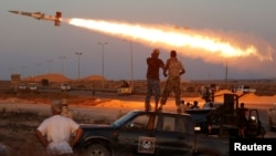 """La comandancia estadounidense cree que las fuerzas de coalición están ahora """"al final del comienzo de la campaña contra el grupo Estado Islámico""""."""