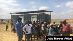 Desalojados em Benguela protestam junto de empresa de loteamento de terrenos