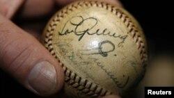 La bola, parecida a esta de un museo de Louisville, había permanecido durante años en un cajón de la familia Gott.