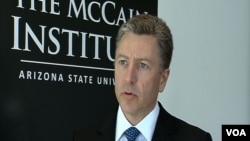 Kurt Volker, Mekejnov institut za medjunarodno liderstvo