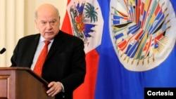 """José Miguel Insulza, secretario general de la OEA asegura que Venezuela vive una """"crisis de confianza""""."""