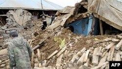 Trận động đất làm sập nhà cửa ở thị trấn Karakocan
