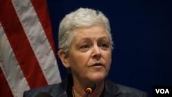 美國環境保護署署長麥卡錫在清華大學發表演講(美國之音東方拍攝)