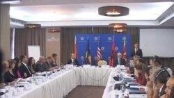 Kosovë, Debat rreth luftës kundër krimit
