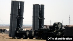 """Зенитно-ракетный комплекс С-300 """"Фаворит"""""""
