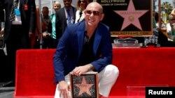 پیت بول در بلوار مشاهیر هالیوود در لس آنجلس