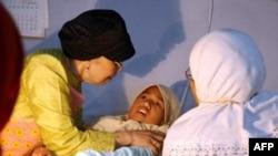 """Endonezya'da """"kadın sünneti"""""""