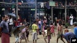 Menurut kepala urusan kemanusiaan PBB, kamp pengungsi Muslim Rohingya, korban kekerasan sektarian di Burma, sangat buruk dan penuh sesak (foto: dok).