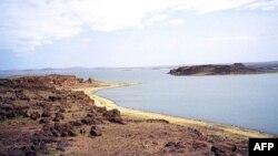 Một toán khoa học gia của Hoa Kỳ và Pháp cho biết đã sử dụng một kỹ thuật để xác định tuổi tác của loại đá bùn đào được tại một địa điểm gần Hồ Turkana ở Kenya.