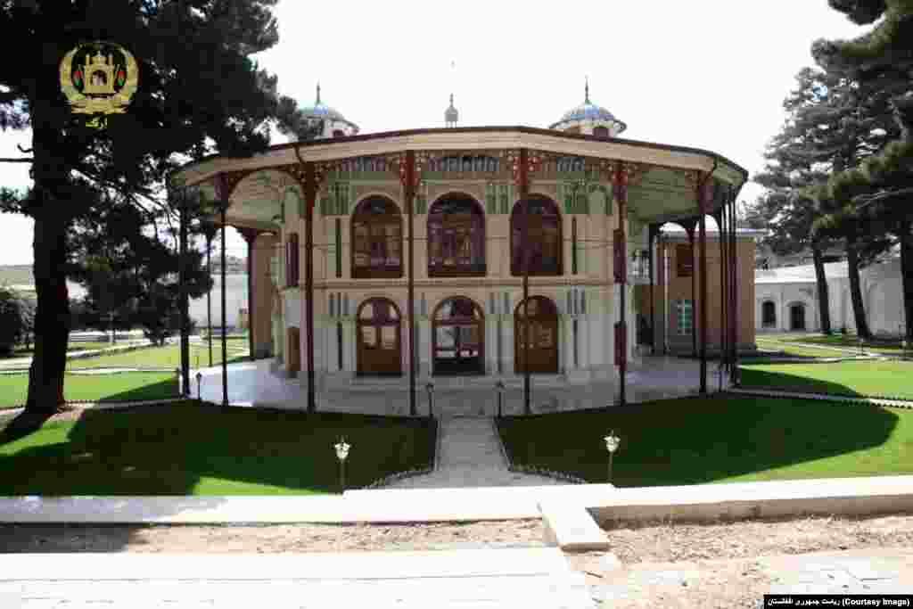 کوتی باغچه یکی از ساختمان های قدیمی در داخل ارگ ریاست جمهوری افغانستان است