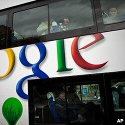 北京一辆公车上的谷歌广告