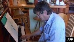 Kompozitori shqiptar Aleksandër Lalo me një koncert të ri simfonik
