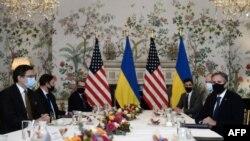 Переговоры госсекретаря Энтони Блинкена с министром иностранных дел Украины Дмитрием Кулебой в Брюсселе, 13 апреля 2021 года