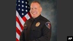 Brad Miller, petugas polisi di Arlington, Texas dipecat karena menembak dan membunuh seorang mahasiswa kulit hitam tak bersenjata (foto: dok).