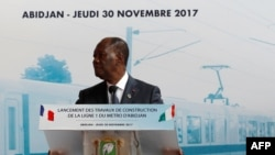 Le président ivoirien Alassane Ouattara à Abidjan, le 30 novembre 2017.