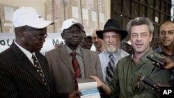Boletins de voto para o referendo no Sudão
