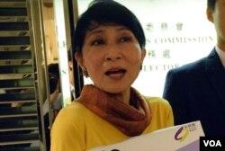 公民黨立法會議員毛孟靜表示,虛假的選民登記涉及刑事罪行。(美國之音湯惠芸)