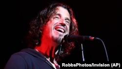 Chris Cornell, vokalis di Soundgarden saat tampil di Atlanta, Georgia tahun 2013 (foto: dok).