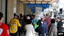 Một trong những địa điểm thu hút nhiều người nhất ở Vancouver trong thời gian Olympic mùa đông là cửa hiệu bán hàng lưu niệm