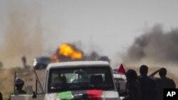 Εντείνονται οι επιθέσεις Γκαντάφι σε βάρος των ανταρτών