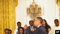 افریقايي ځوانان د اوباما لیدلو ته راغلي