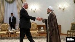 دیدار رافائل رامیرز وزیر خارجه ونزوئلا با حسن روحانی رئیس جمهوری ایران در تهران - شنبه ۲۴ آبان ۱۳۹۳